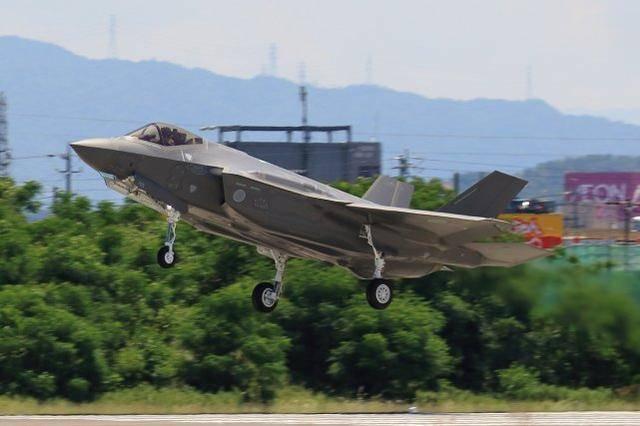美国批准向日本出售105架F-35战机,仍声称不会改变地区军事平衡