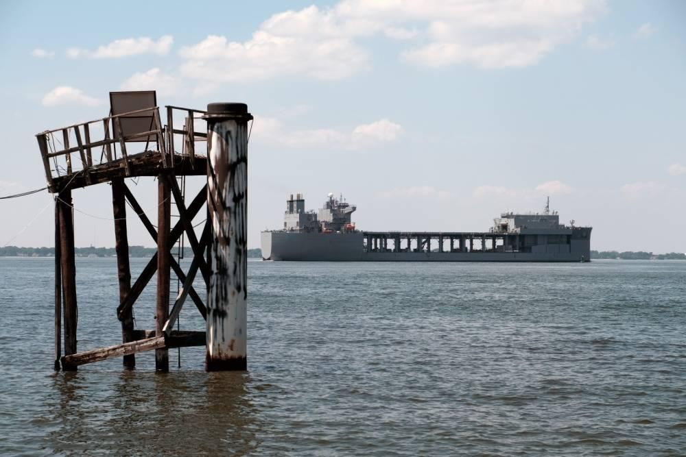 美海军第四艘远征移动基地舰进行部署