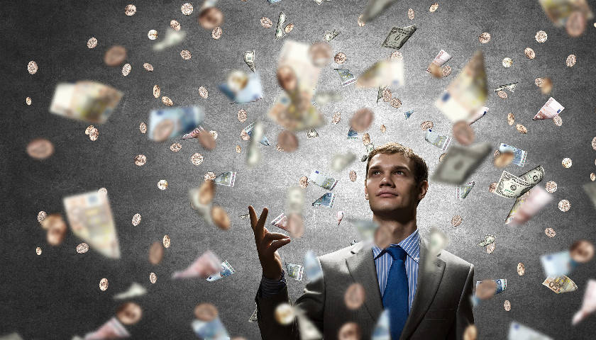 营收12亿元,半年亏损10多亿元,维信金科再次跌入谷底