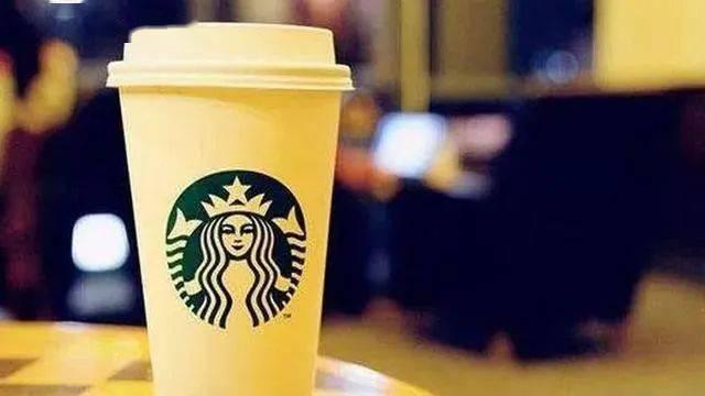 星巴克咖啡卖那么贵,为何还有那么多人排队买? 十大品牌 第3张