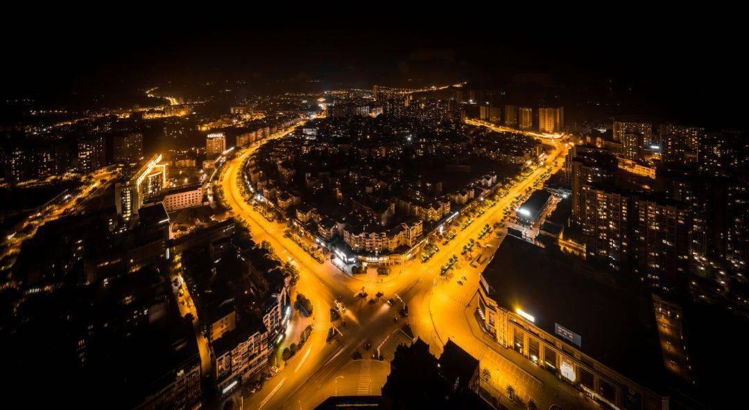 自贡市2020上半年gdp_自贡市地图