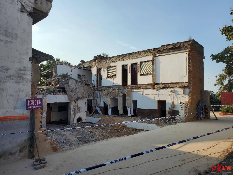 山西餐厅倒塌背后:农村自建房存在滞留