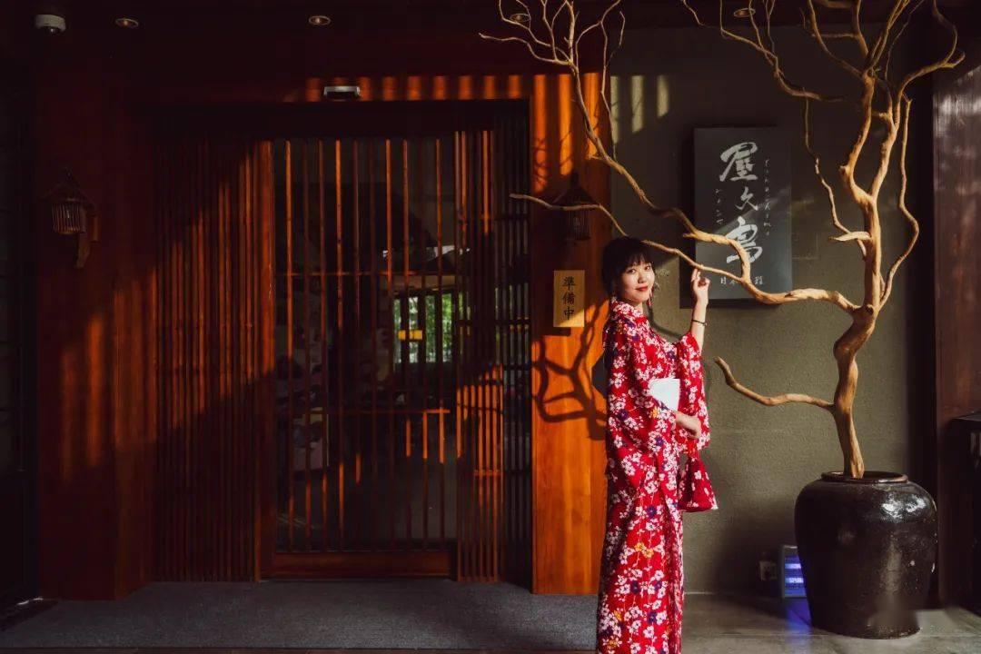 《【天游在线娱乐注册】魔都市中心3000㎡「森系庭院」!日料/私汤/酒店…一站式打卡!》