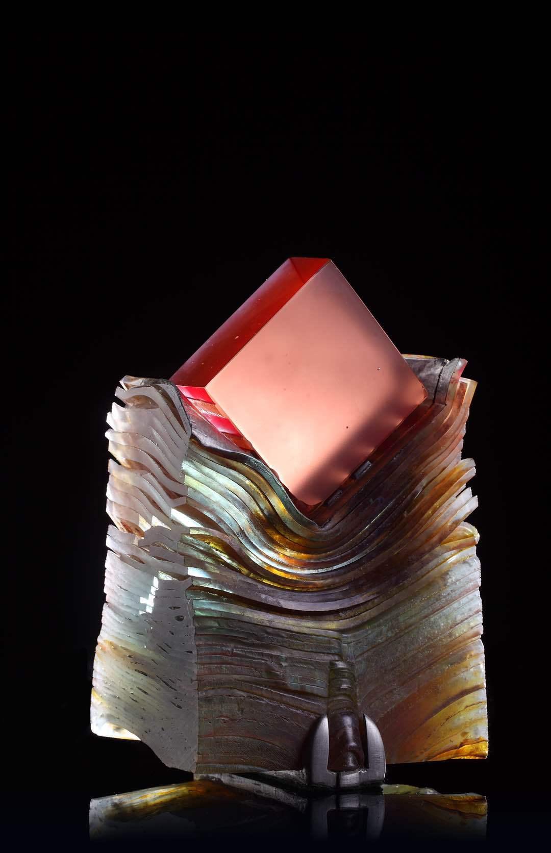 横跨三代艺术家,这个展一次看遍60年英伦窑铸玻璃艺术