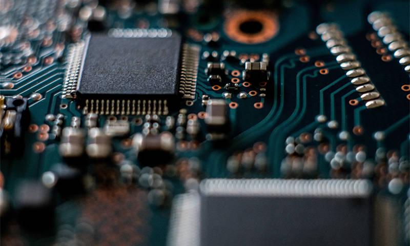 光刻胶概念股雅克科技拟募资不超12亿,加速电子材料国产替代