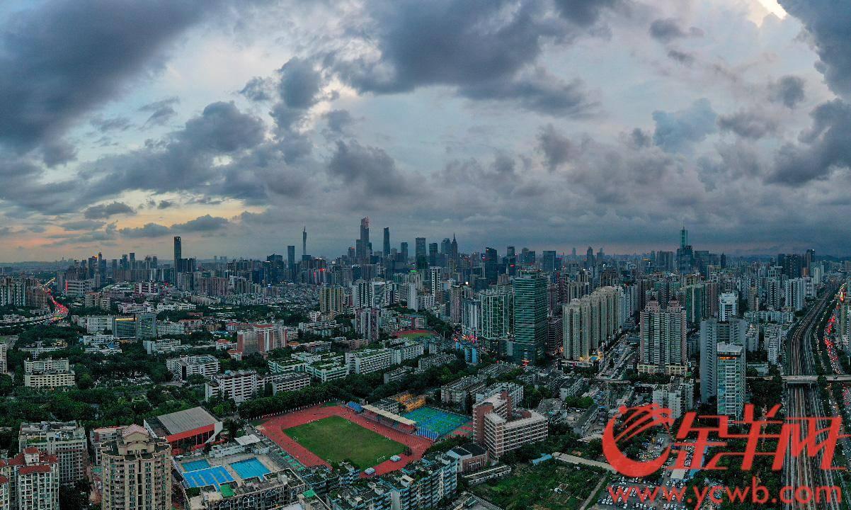 当然,在当前的广州中,您也不是不可能看到季节的变化 广州气温最高是多少度