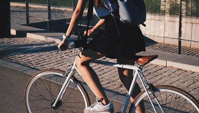 北京交通委约谈青桔单车:10月底前将违规投放车辆运出北京