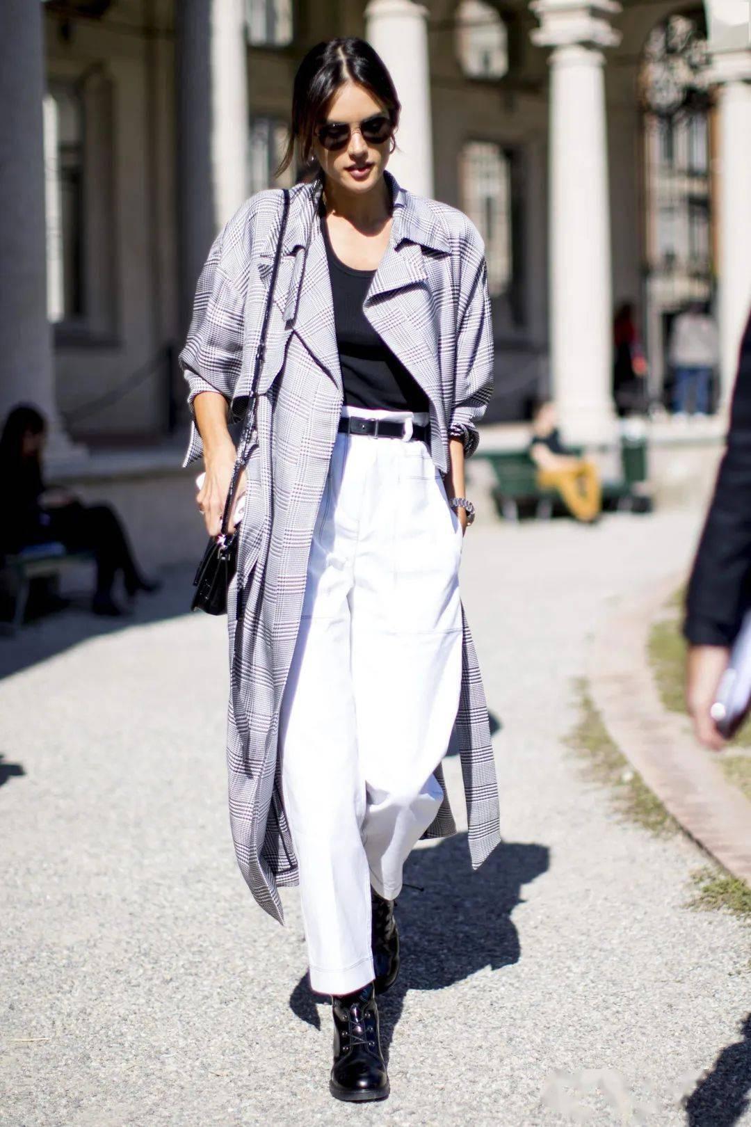 马丁靴+裙子,马丁靴+工装裤……又酷又撩,时髦炸了!     第56张