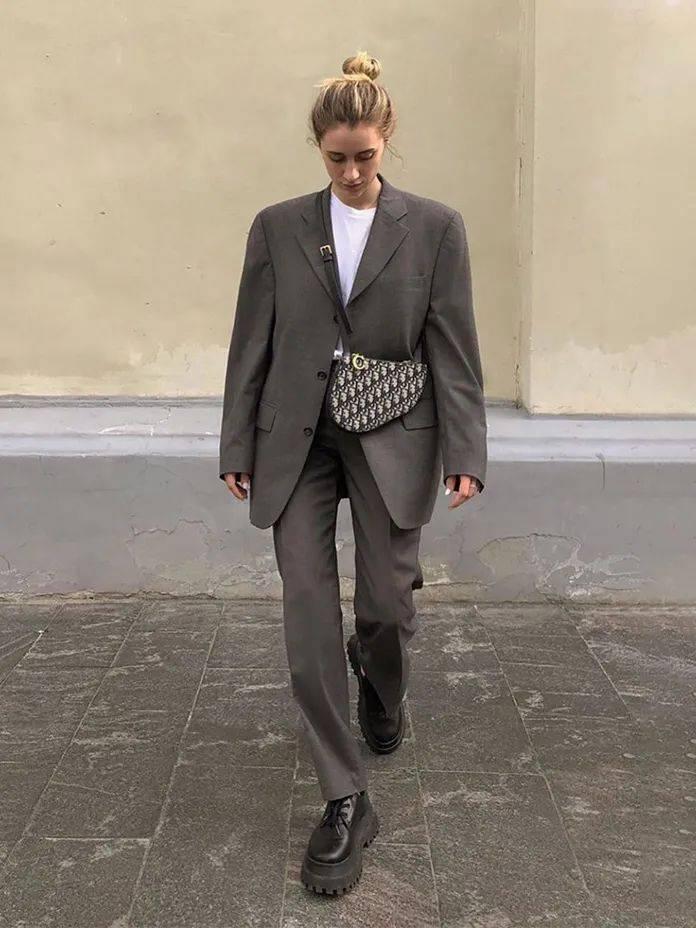 马丁靴+裙子,马丁靴+工装裤……又酷又撩,时髦炸了!     第53张