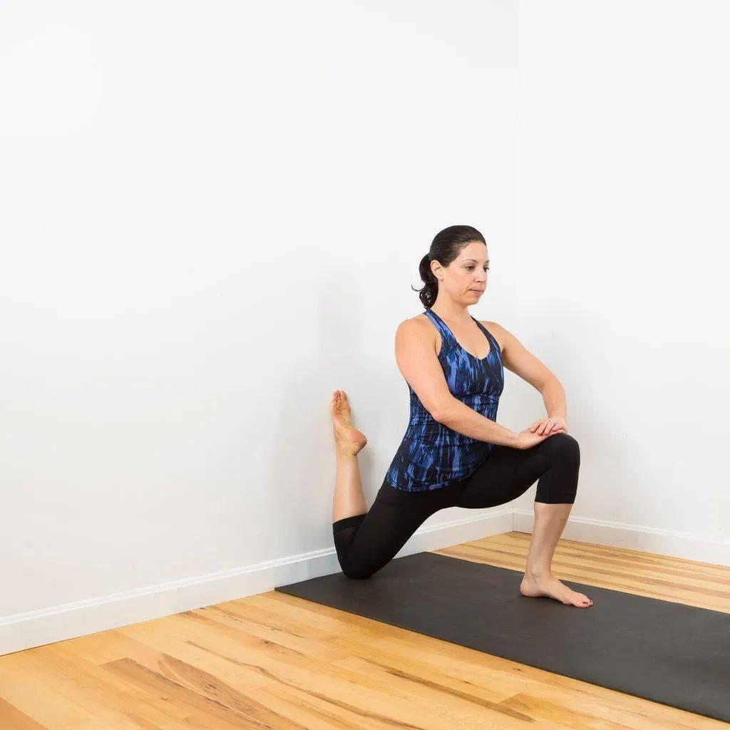 """瑜伽开髋""""最强烈有效""""的6个动作,一定要试试!_髋关节"""
