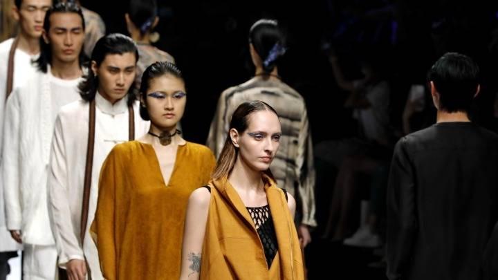 本土设计师作品亮相2021春夏上海时装周