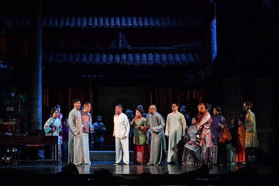 《家》回归舞台,导演李六乙:熟悉的存在,陌生的美感