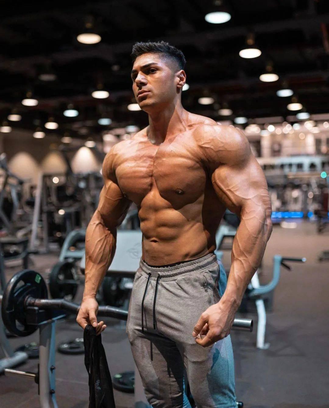 肩膀频繁受伤?你或许是犯了这些训练错误。