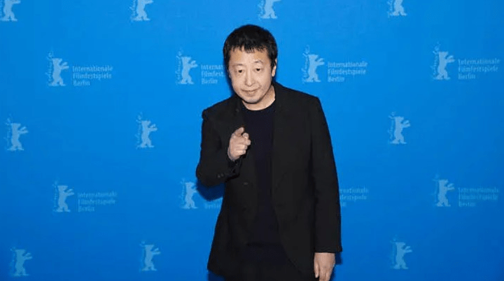 贾樟柯退出平遥电影展,妻子赵涛发文:再也不用为影展求人了