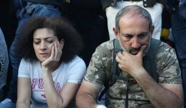 法媒:亚美尼亚总理夫人准备参战,其子已成为志愿兵