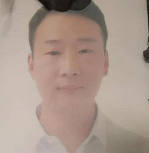 章先生|安徽32岁扶贫工作队长,在制止非法电鱼中被捅伤,经抢救无效身亡