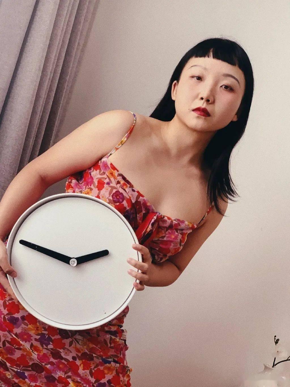 网红出身、被嘲又丑又胖 这次她却凭实力完美逆袭!