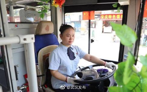从11月14日起,公交556路将临时调整线路走向