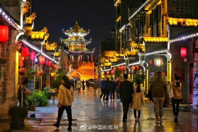 夜游陕南石泉古城:在灯火阑珊里品味千年文化