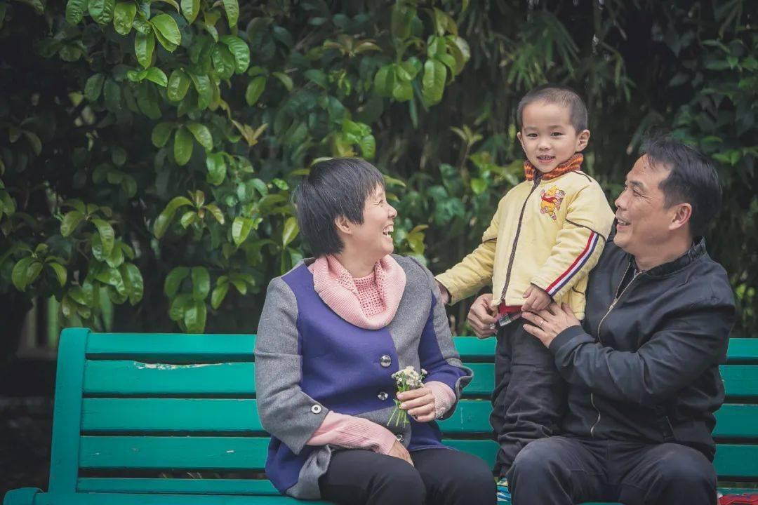 """把""""好人文化""""作为精神坐标,上海金山入选全国文明城区"""