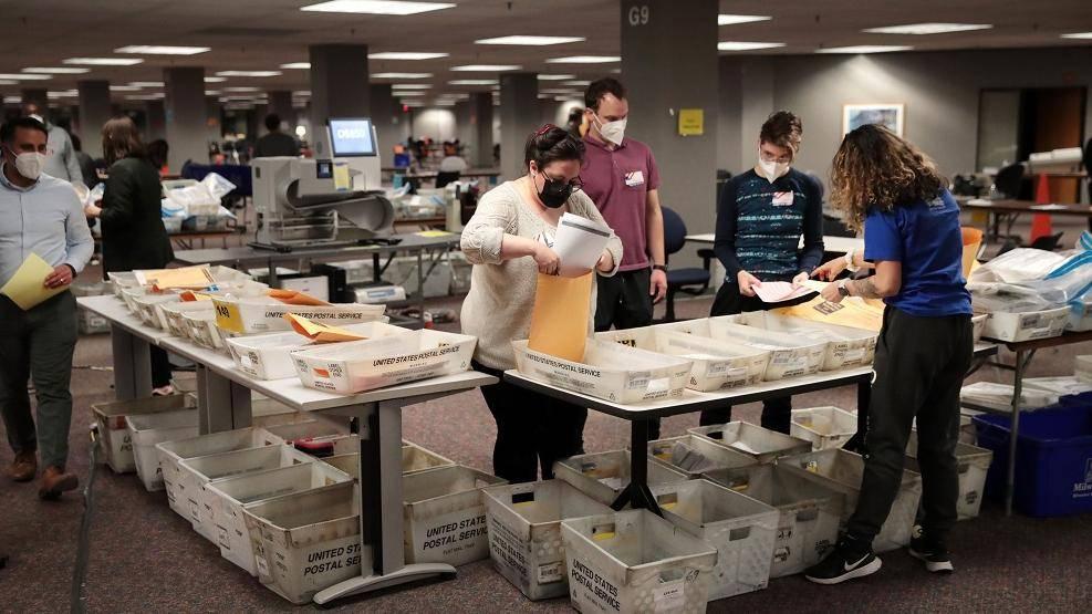 美国威斯康星州将重新统计总统大选部分选票