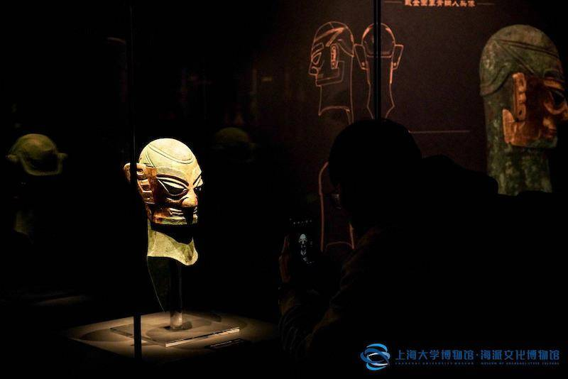 """""""三星堆""""来到了上海,古蜀""""人与神""""呈现上大博物馆"""