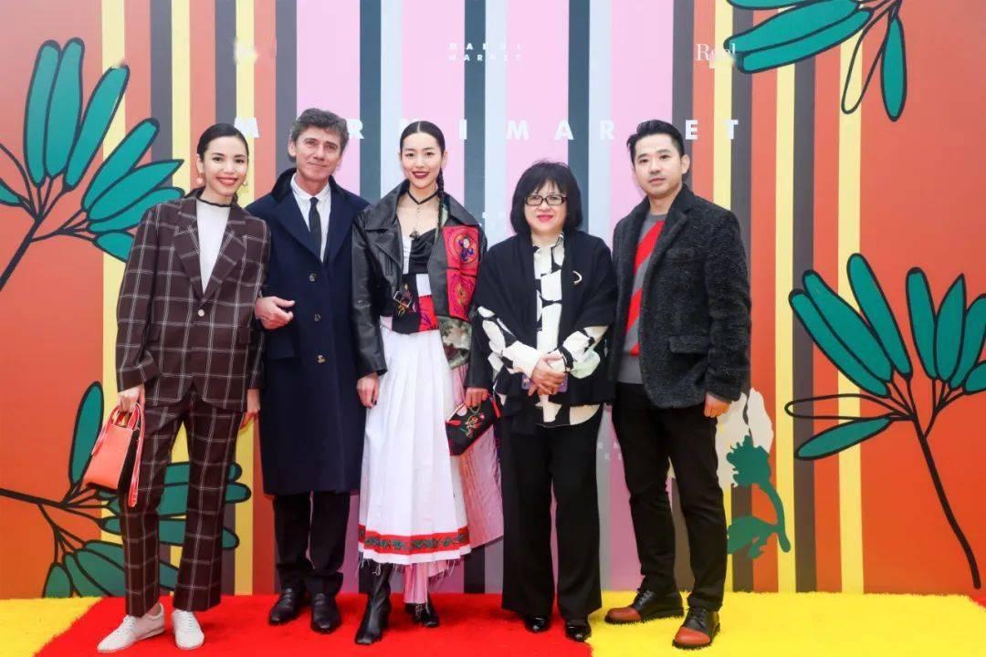 亮点| MARNI市场马戏团嘉年华盛大开幕,巴黎世家秋季21系列...