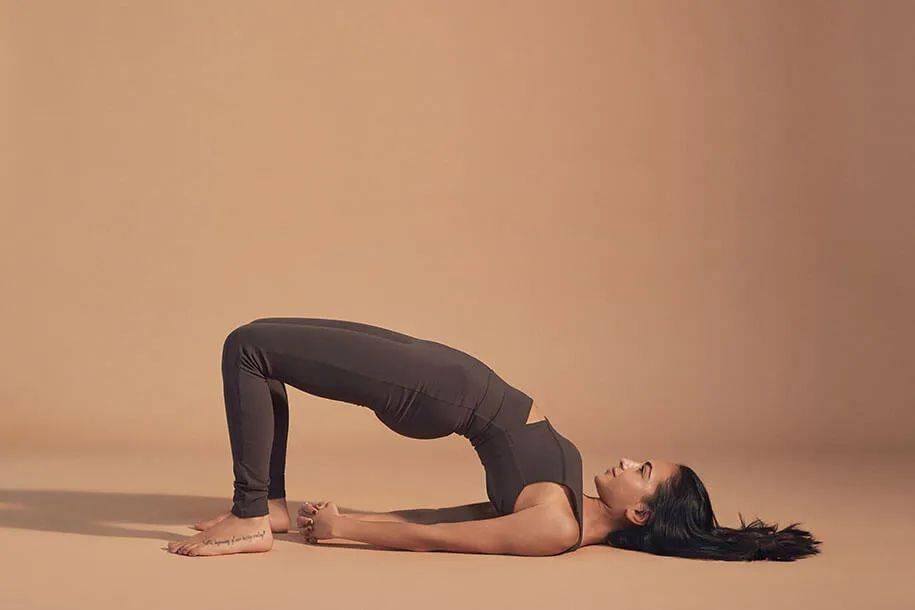 16个简单的瑜伽体式,适合冬季每天练习!_胸腔