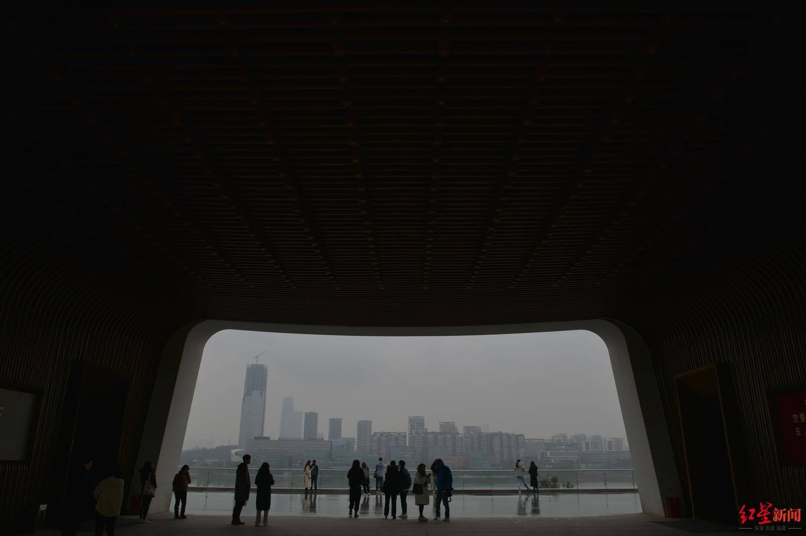 """""""发展速度令人震惊!"""" 网媒打卡四川天府新区"""