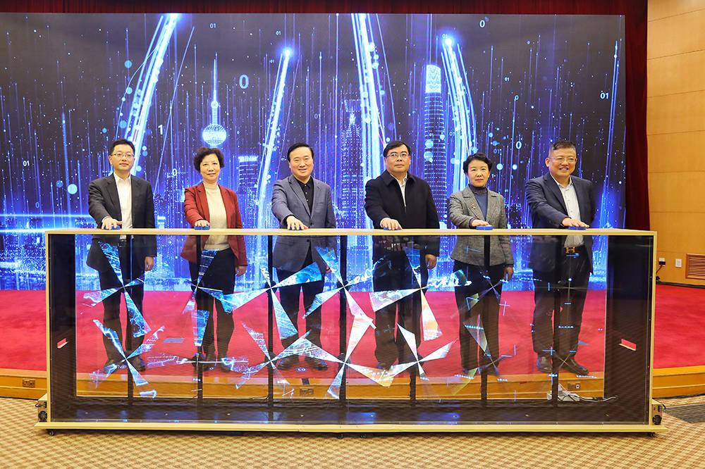 """30家世界百强零售商入驻,上海浦东要做""""国际消费中心"""""""
