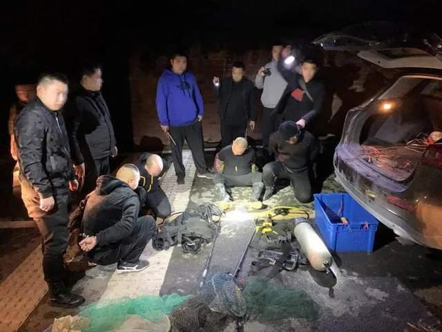 第一现场:重庆警方现场抓捕视频曝光!
