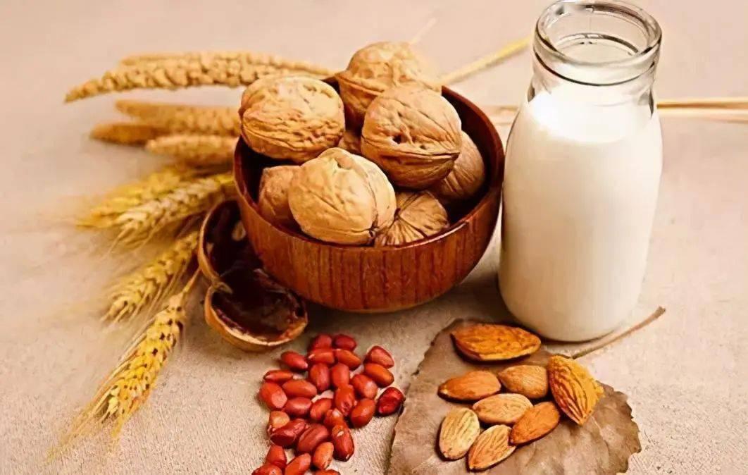 人体补充营养素,适量就好!这5种营养素过量反而对身体有害~  第6张