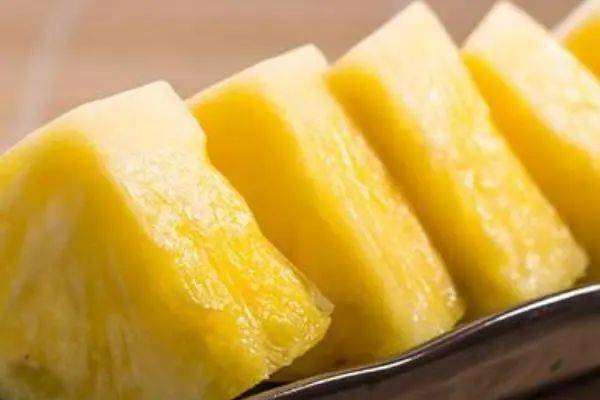 超受欢迎的热带水果——菠萝!不仅好吃,而且好处多多~  第2张