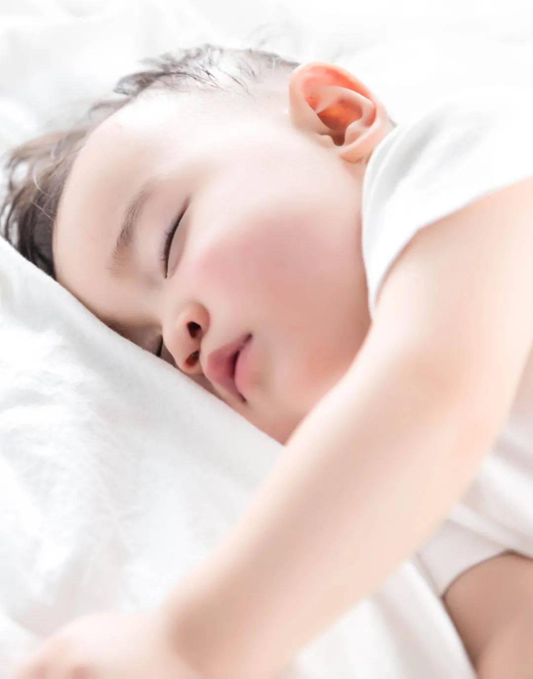 宝宝睡不安稳、入睡困难,原因大排查  第6张