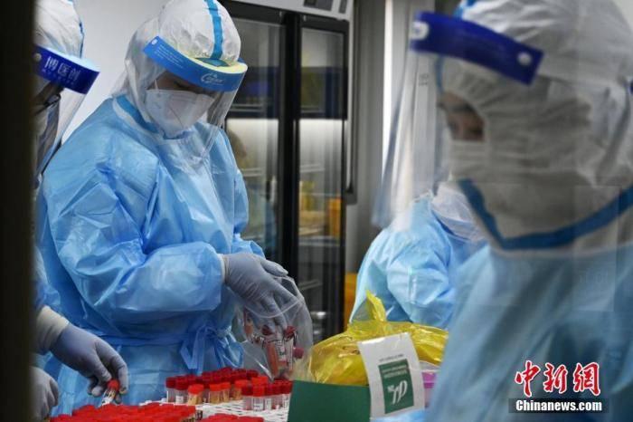 石家庄、邢台完成首轮全员核酸检测采样 疫情未出现明显拐点