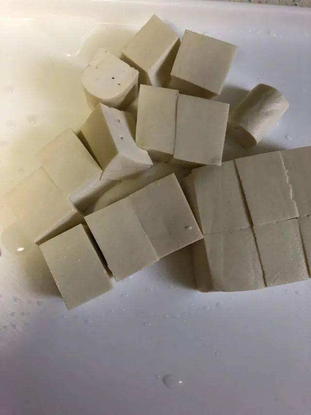 天冷了,豆腐和它是绝配,简单煮一煮,暖胃养胃,孩子记得要多吃_营养
