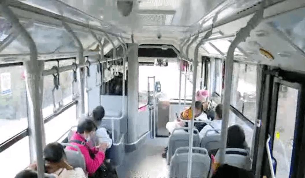 韶关这条公交线增新车,方便学生和沿线居民出行