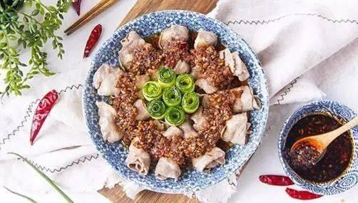 超级简单的速食菜肴——蒜蓉牛肉