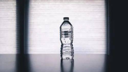 晨起第一杯水,到底喝啥?不是淡盐水、蜂蜜水,而是...很多人都喝错