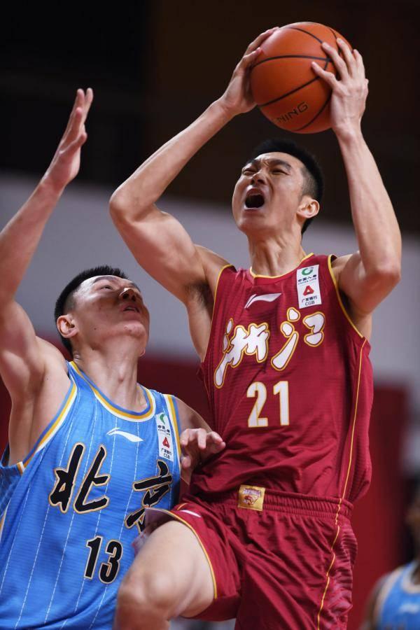 CBA第30轮:浙江2分险胜北京首钢