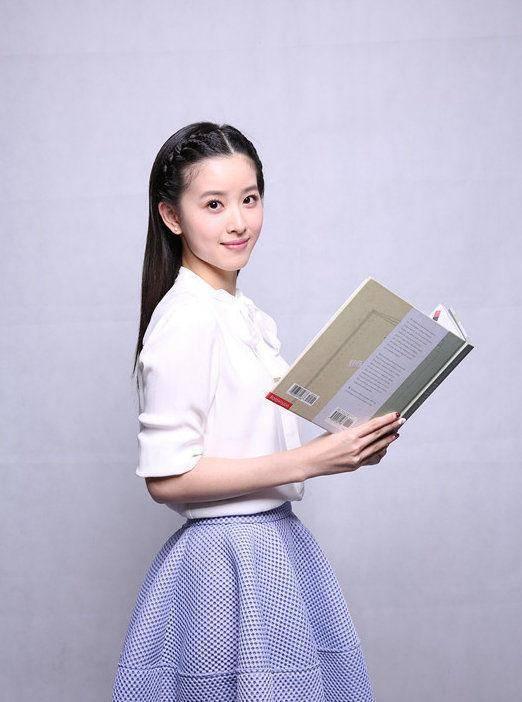 刘强东本不想娶奶茶 刘强东和奶茶的年龄