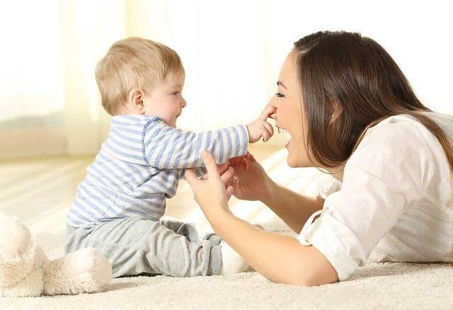 婴儿前三个月决定性格(从婴儿哭声看脾气)
