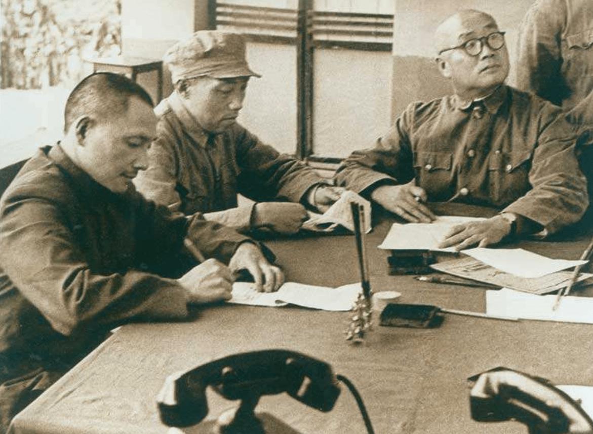 王近山是开国中将,他与韩岫岩育有9个子女,名字有特点