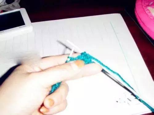 织围巾教程初学者起针(初学织围巾一步一步教程图解)