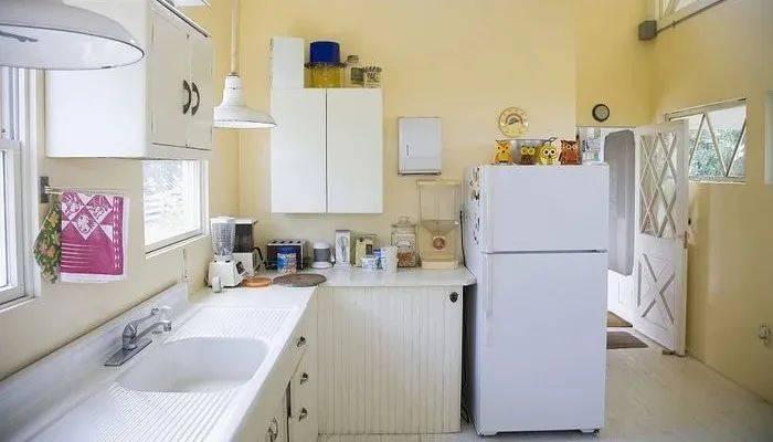 冰箱胶条发霉怎么清洗,冰箱封条黑斑怎么清洗