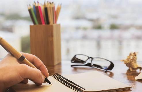 """如何写好初中记叙文,新东方在线老师""""手把手""""教你磨出好作文"""