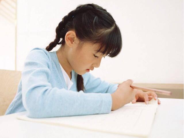怎么写作业最快又不累(怎样一秒钟写完作业)