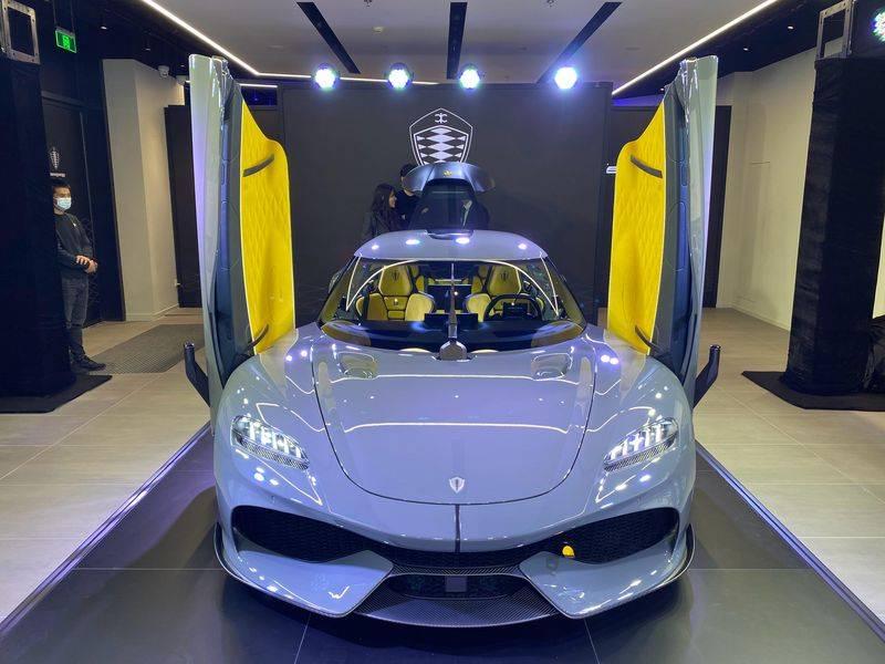 双门四座更实用 柯尼塞格Gemera首发-极速赛车