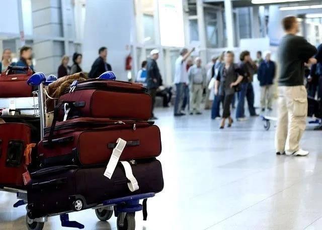 坐飞机能带多少行李(坐飞机带行李也有限制吗)插图(2)