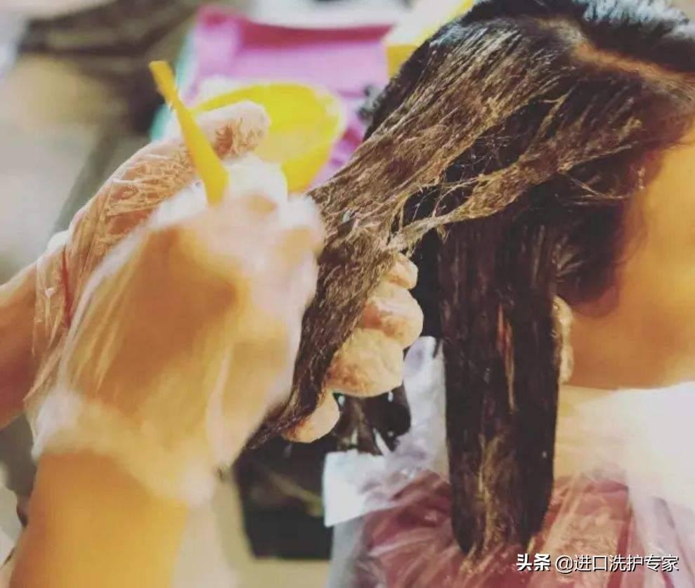 漂头发的危害有哪些(漂头发对身体有哪些害处)插图